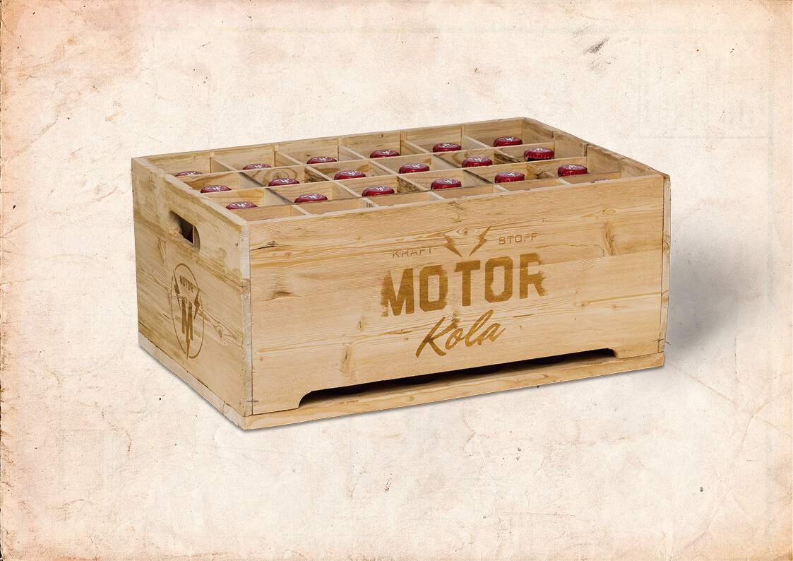 Motor Kola Packaging Kasten Holz Promo