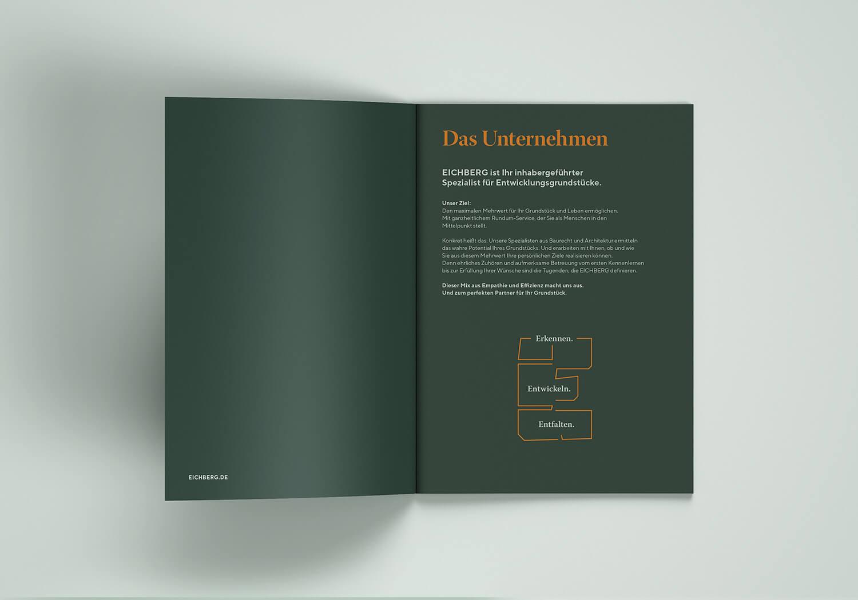 2-A4_Brochure_Mockup